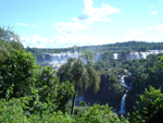 argentina200801-misiones-cataratas-de-iguazu-argentianan-side-view-from-brasil_th.JPG